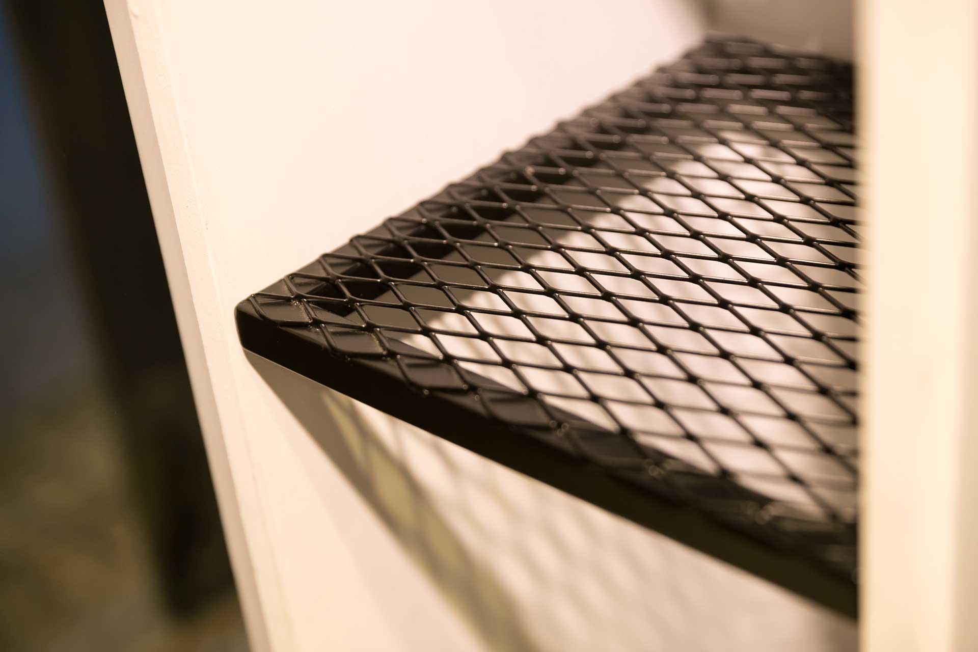 採活動式設計的展示櫃鐵件隔板