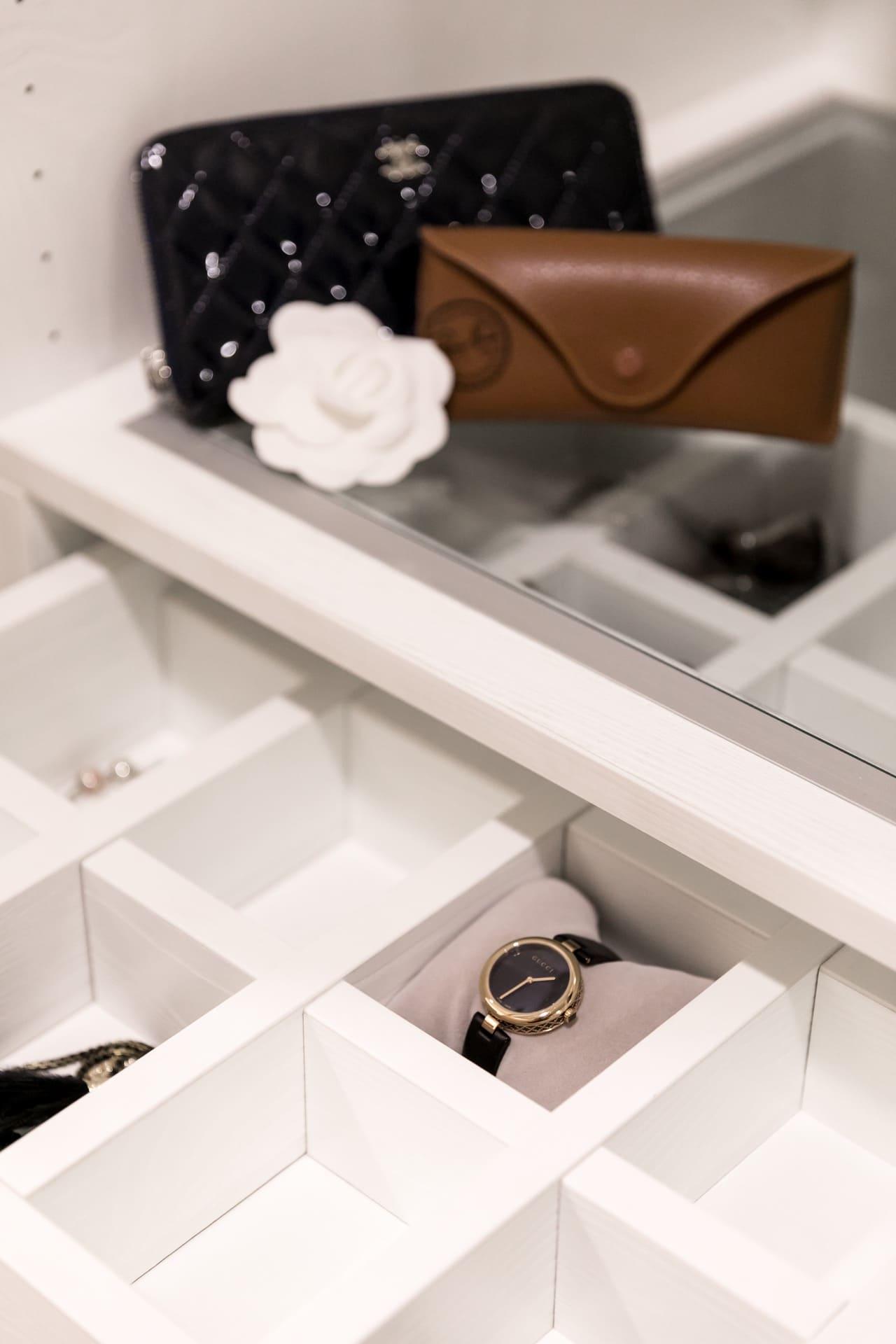 飾品、手錶與其他小物的透明收納櫃