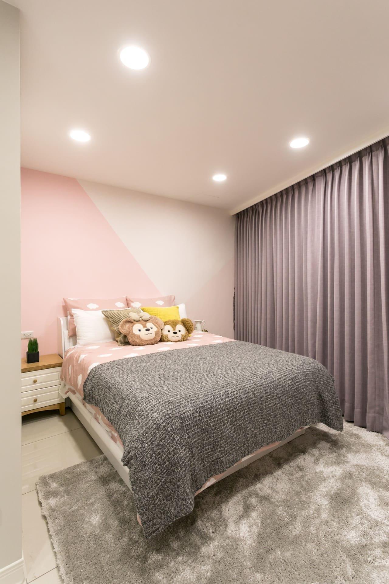 避開眼睛直視的室內光源位置規劃