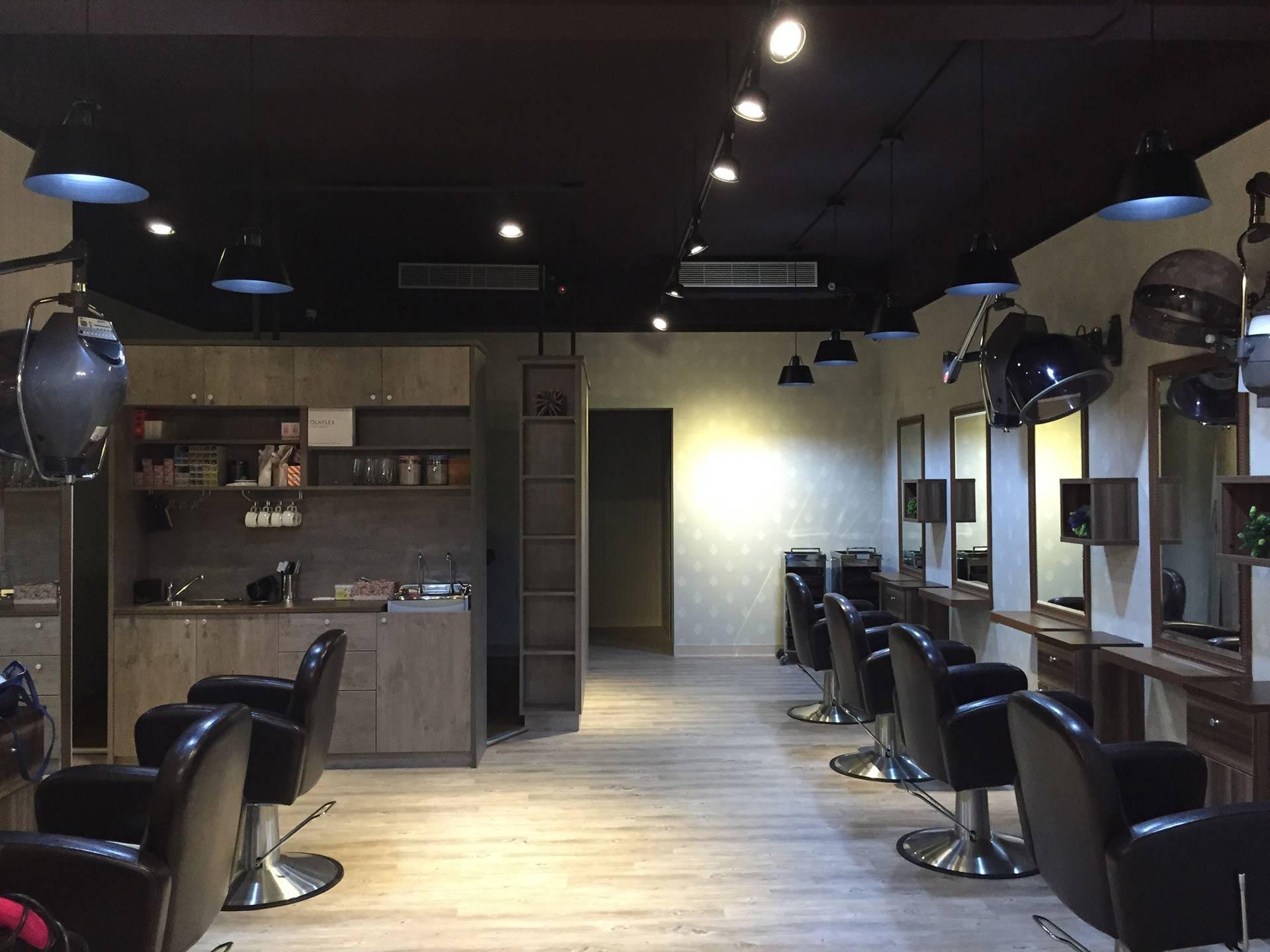 美髮店面:Faith Hair 造型沙龍 – 復古工業風室內設計裝潢案例