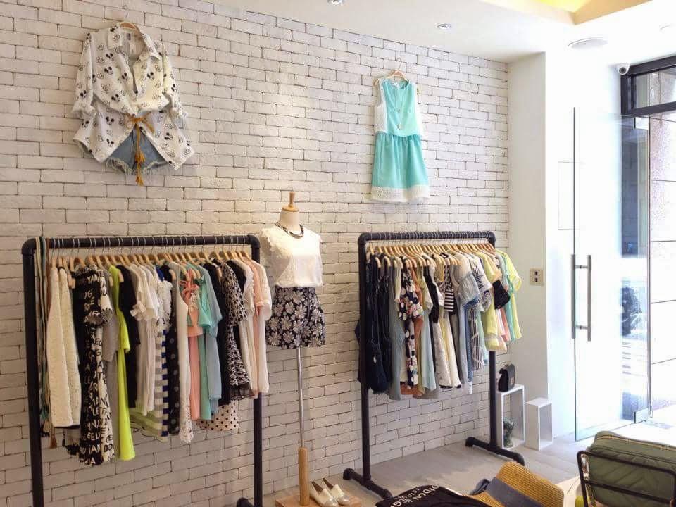女裝服飾店面:Jt Muse 韓國精品 – 復古工業風室內設計裝潢案例